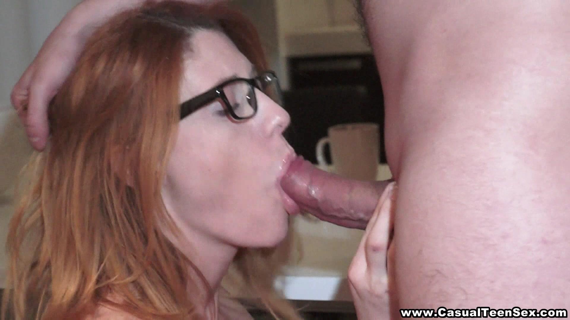 Wild amateur goo mouth Porn pictures