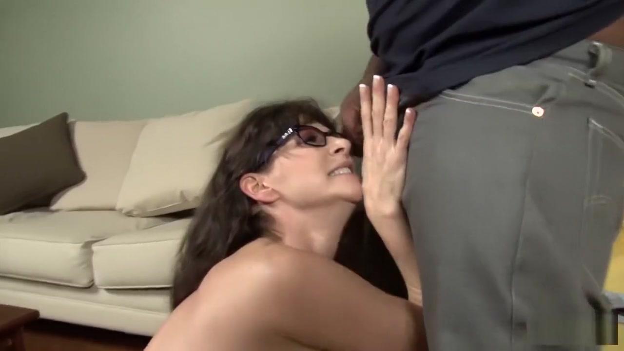 New porn Horny big natural tit bbw milf