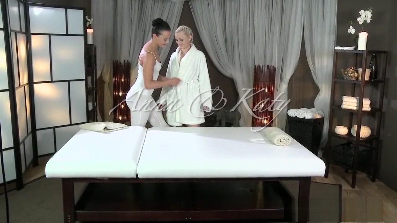 Sexy scenes and romantic