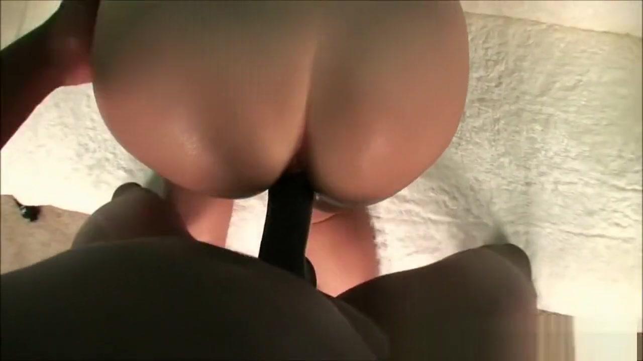 Sex photo Lesbian tranny enjoys a sloppy blowjob