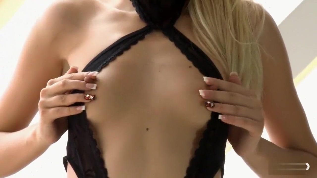 Mature blonde loves sucking bbc Nude Photo Galleries