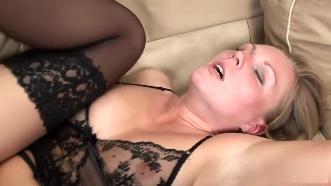 Porn Galleries Sexy housewife fuck