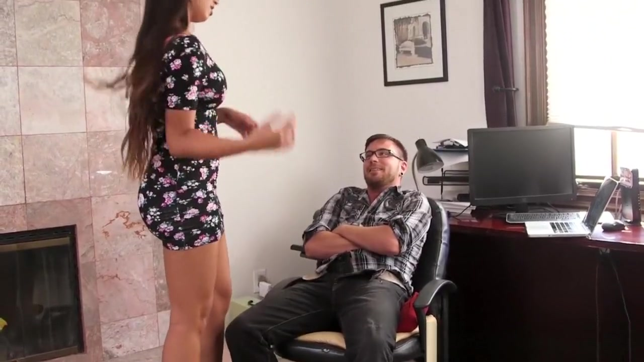 Darcie And Cassidy Grind Their Pussy Together Adult videos