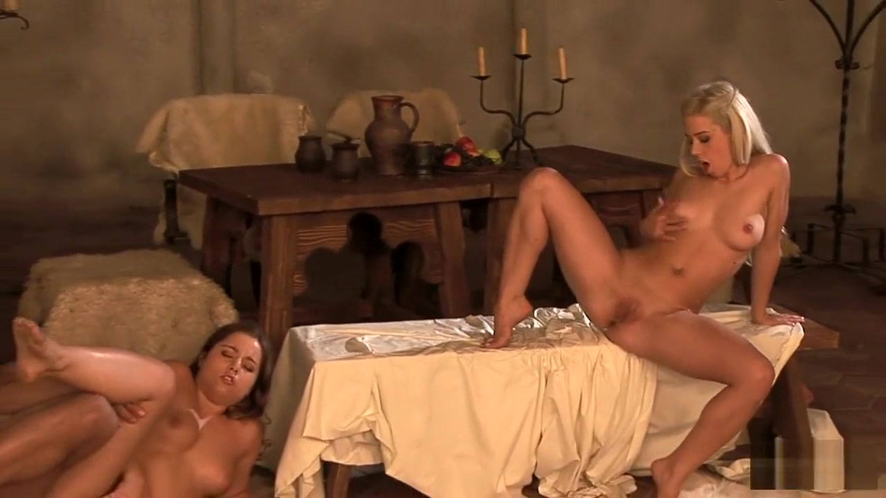 Kaley cuoco leaked naked pictures New xXx Video