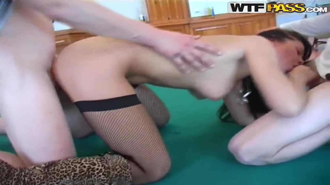 Hot xXx Video Hot girls getting fucked up the butt