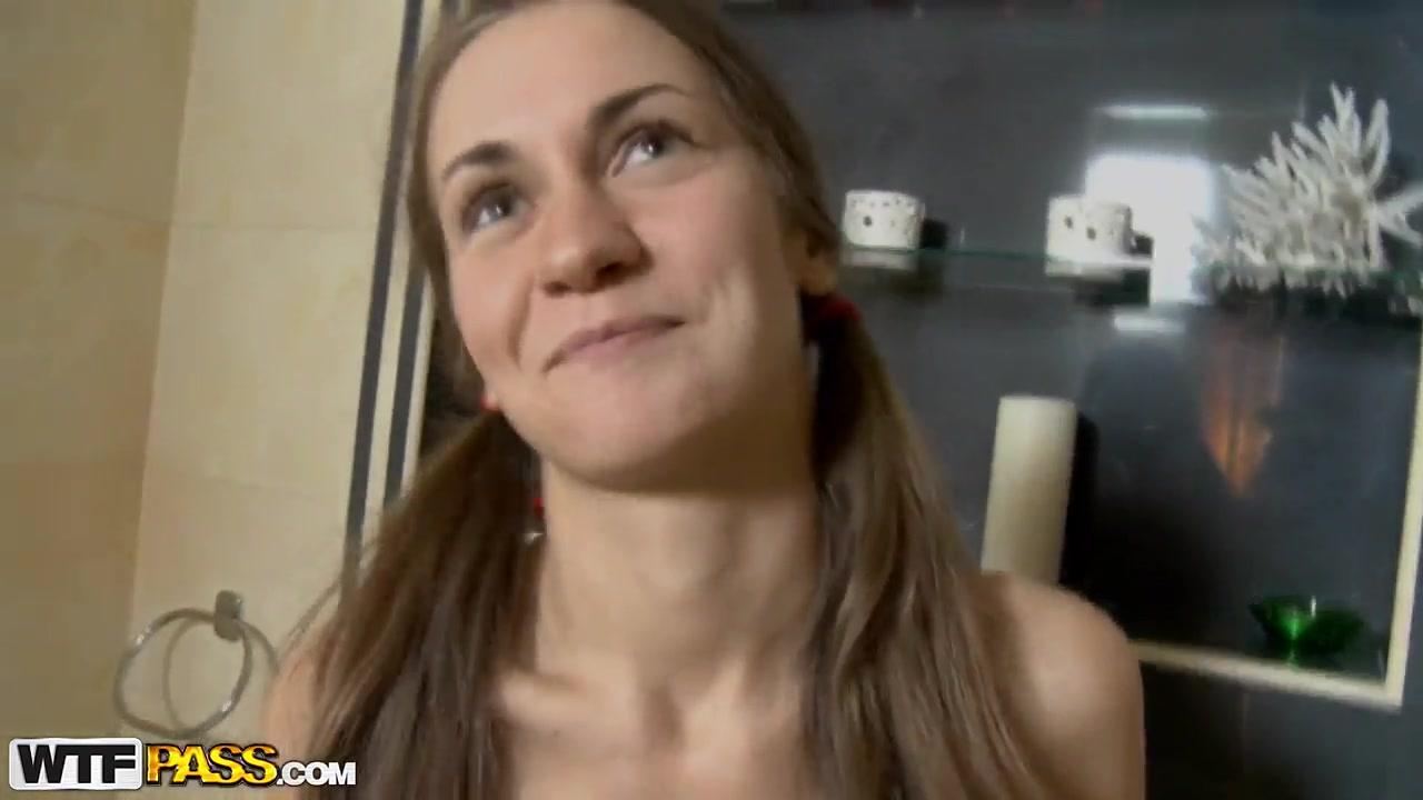 Turkey baster in pussy Nude 18+