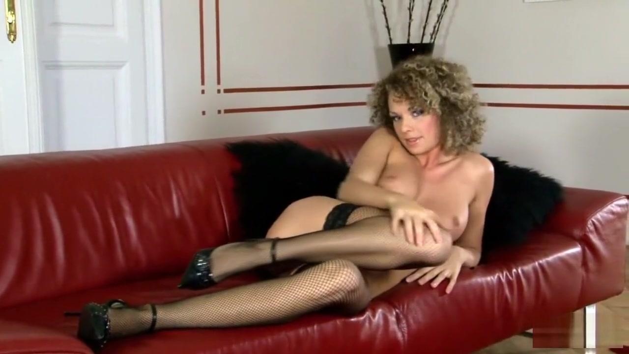 Sexy Video Skin Diamond in Lesbo Sorority
