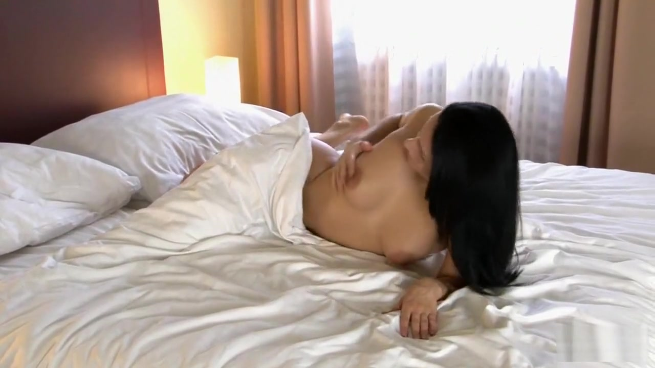 Naked xXx Base pics Can all women have a squirting orgasm