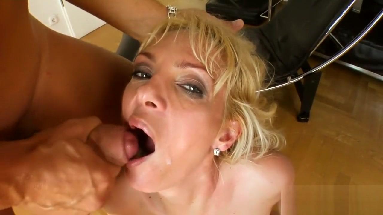 Lingurita este o pozitie sexuala Porn FuckBook