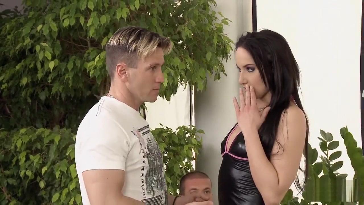 Karen and matt dating rihanna Quality porn
