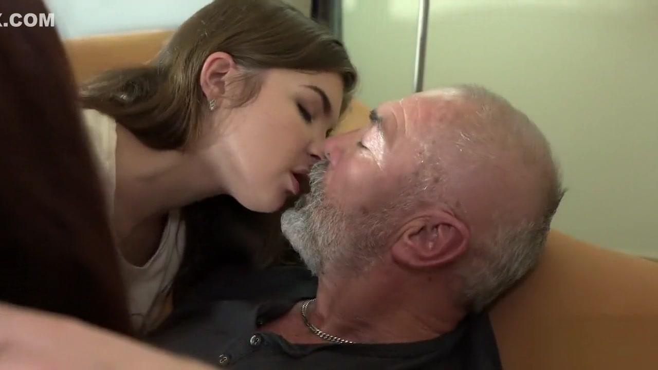 Porn pic Nubiles julia candy nude