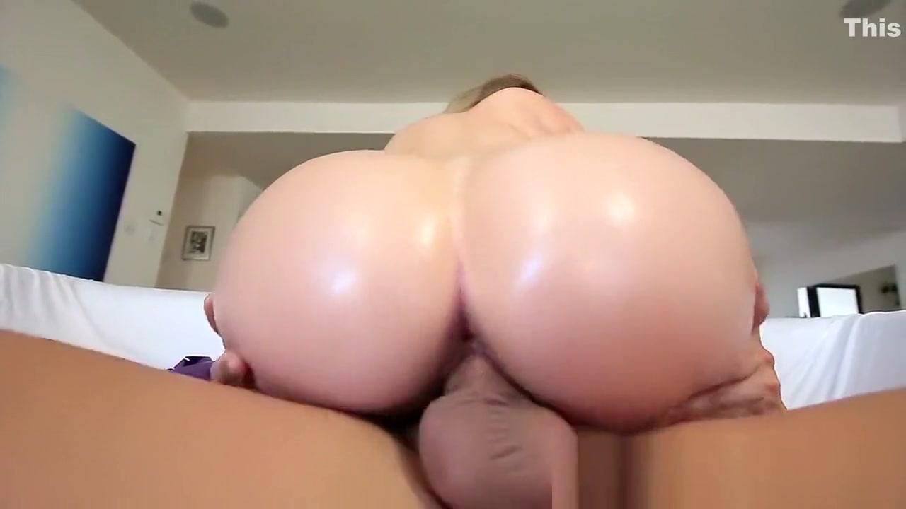 Hot Nude Bikini model karli