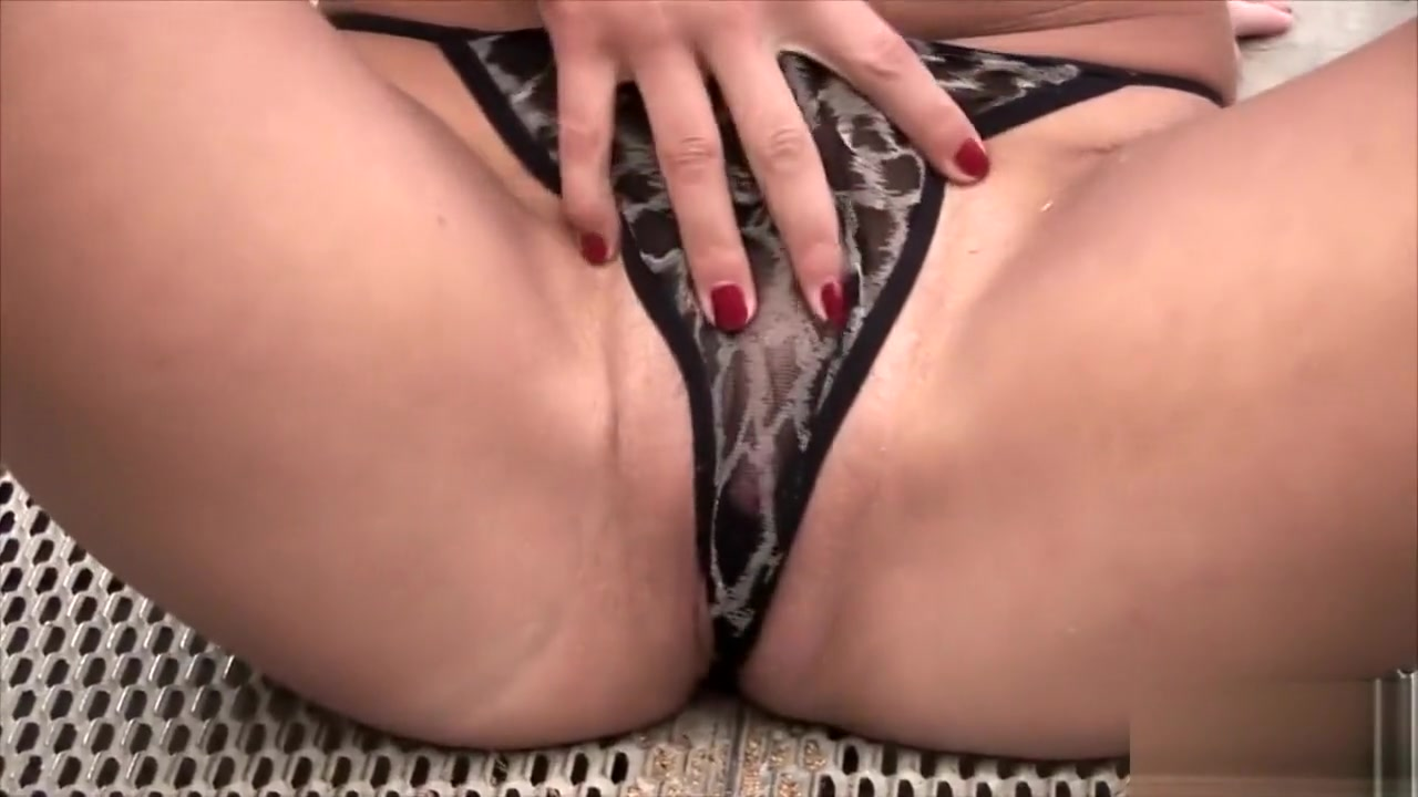 Naked Porn tube Simple sexy girl