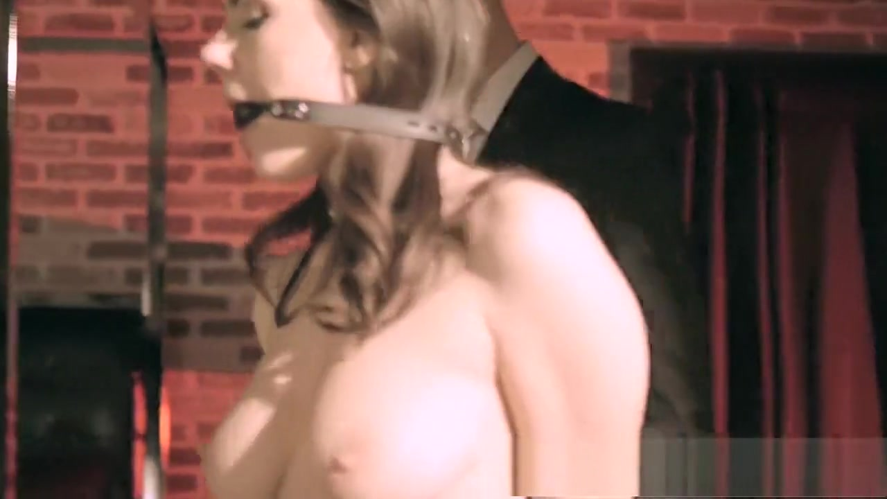 Sunny Ilione Xxnx Video Quality porn