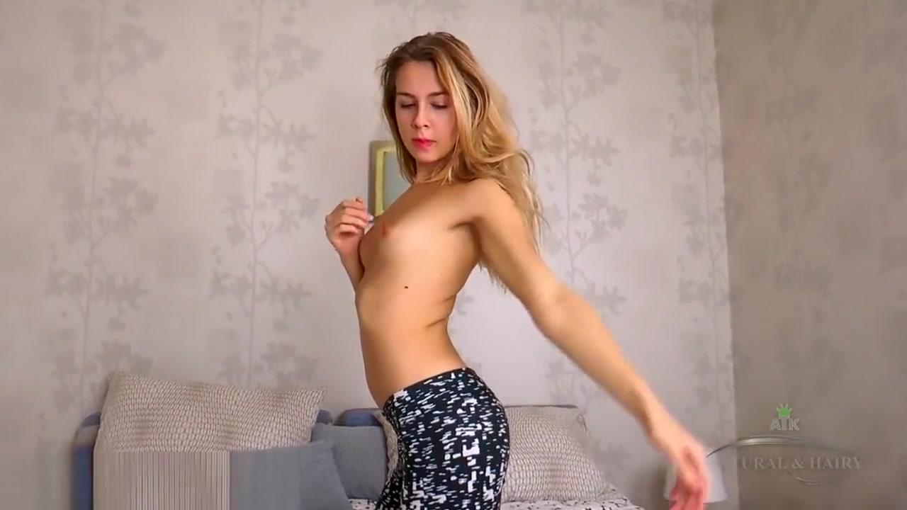 Sexy por pics Meet me chat site