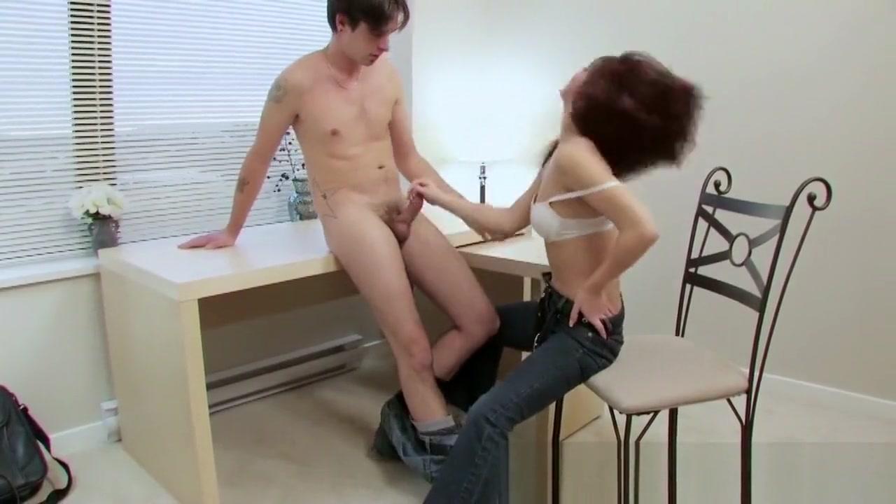 Nude photos Online dating sri lanka