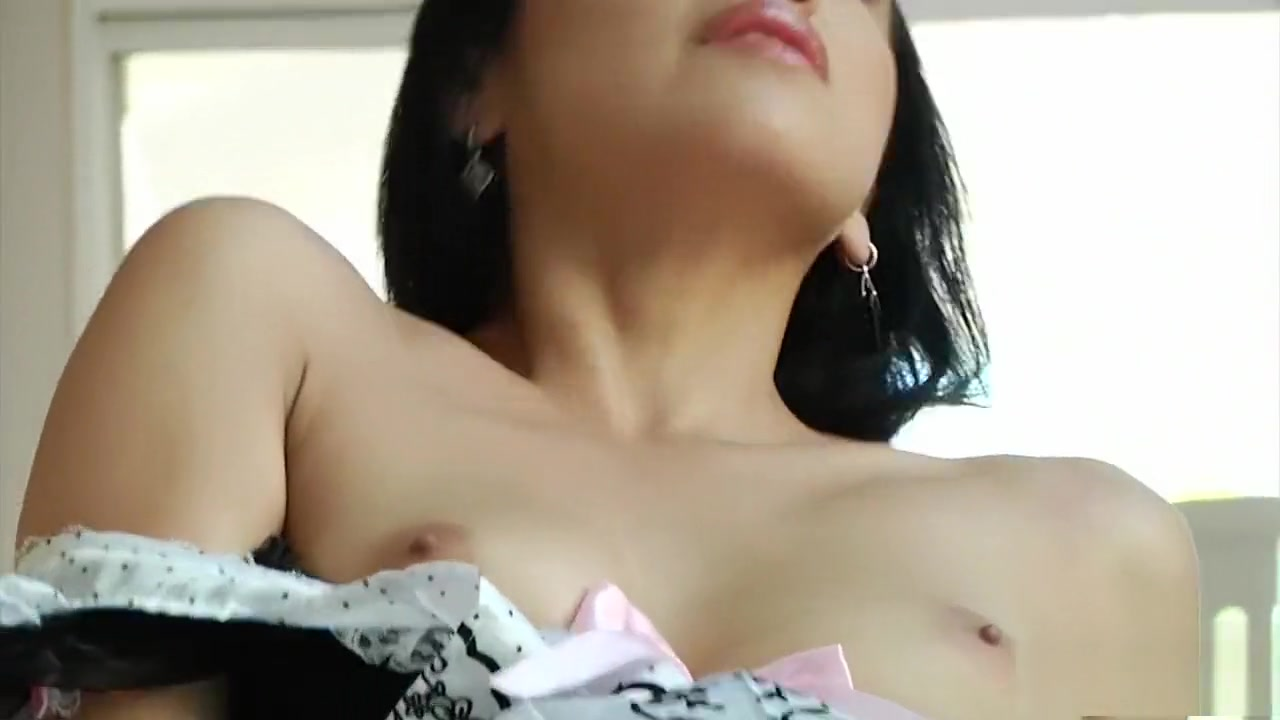 young girl with big boobs Nude gallery