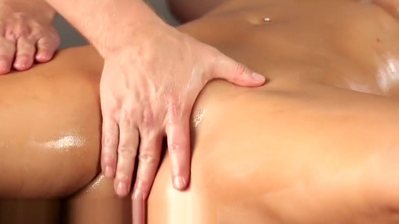 Porn archive Two pleasing lesbian girlfriends play