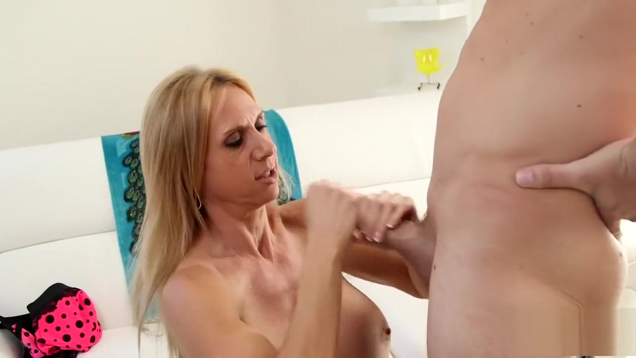 big booty milf xvideos Sex photo