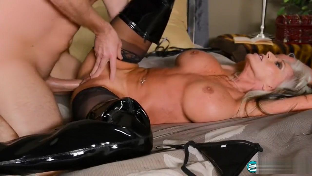 All porn pics Big boobs mature blonde