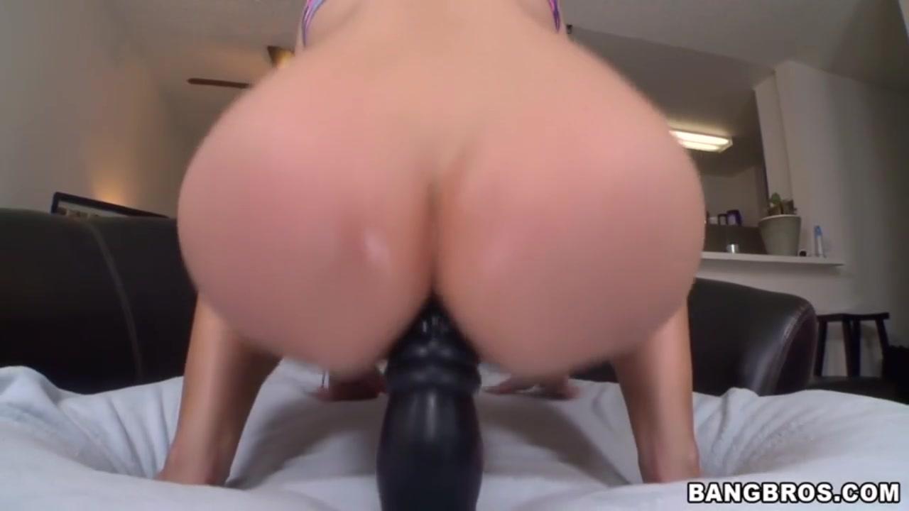 Bisexual porn with girls dildoing men XXX photo