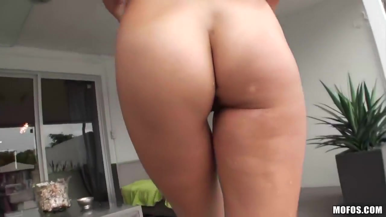 Naked xXx Mature dirty anal