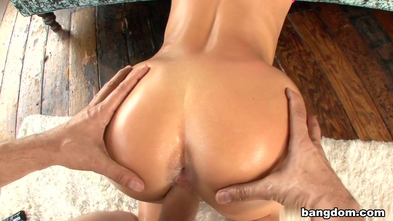 monica sexiest girl in porn xXx Pics
