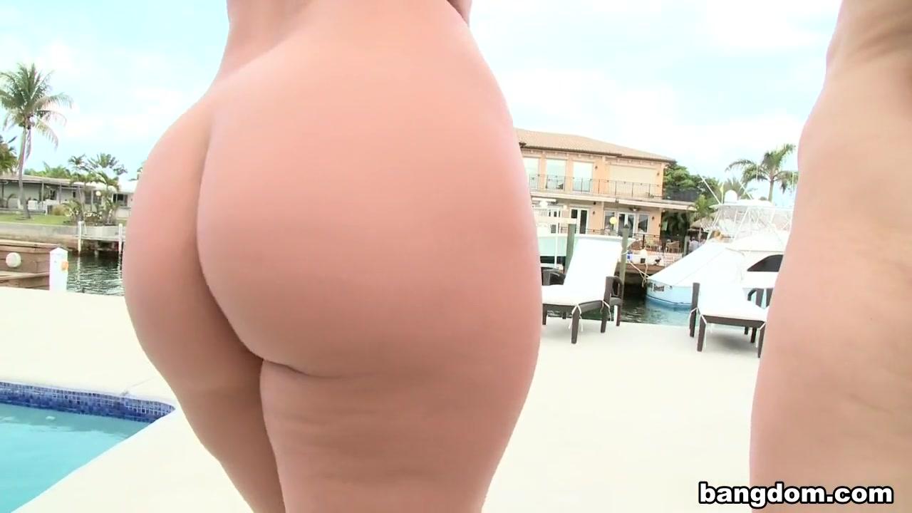 Lesbiean fuckin porn Nipples