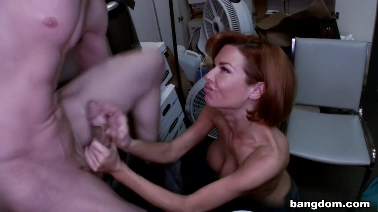 Porno photo Women getting mouth fucked