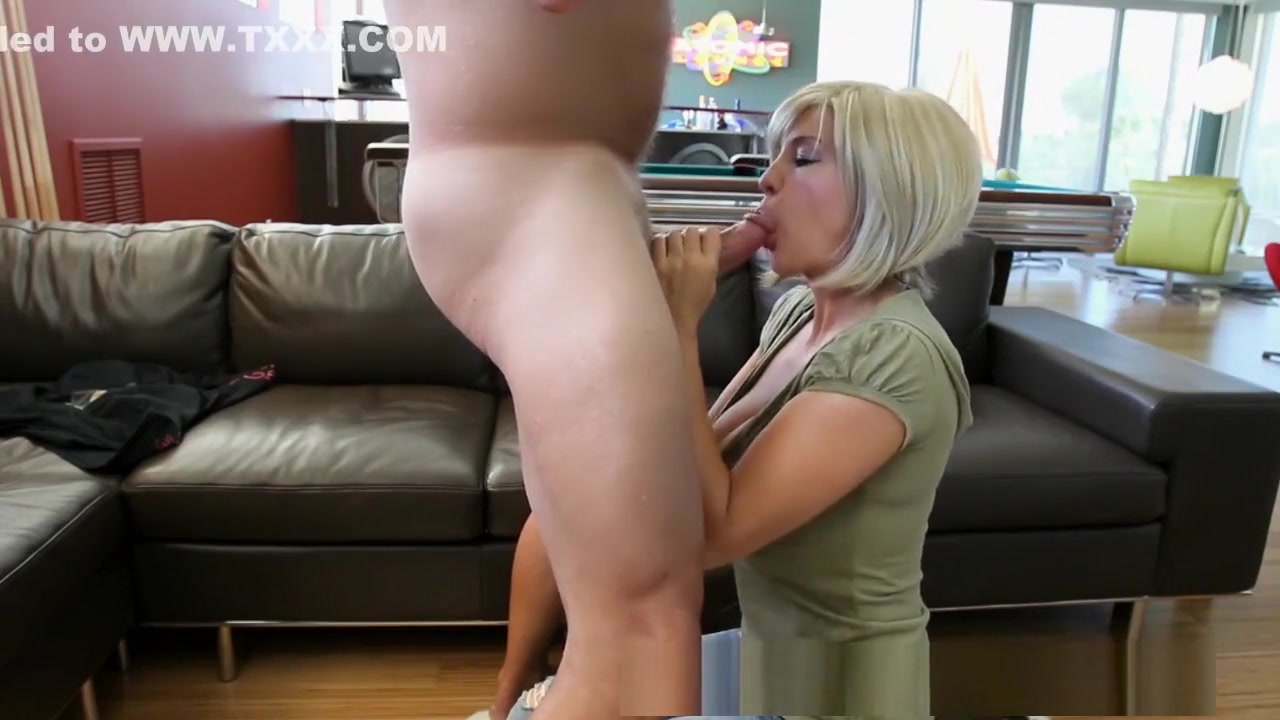 Sexy Video Are there any hookup sites like craigslist