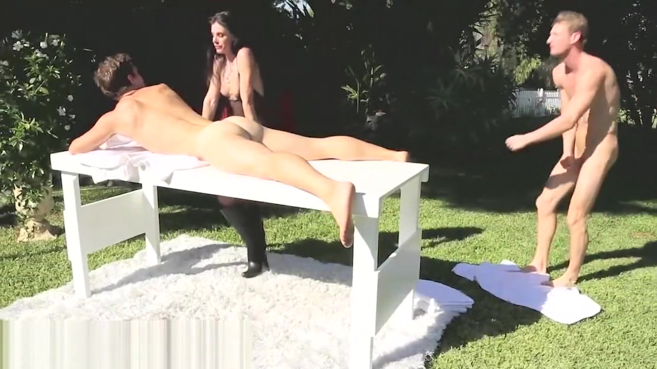 xXx Pics London Keyes With Natalie Norton