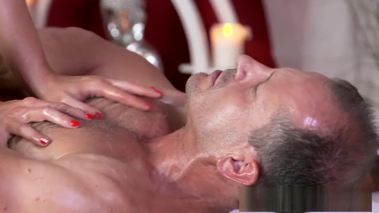 Sexy Video Khloe kardashian feet and pussy