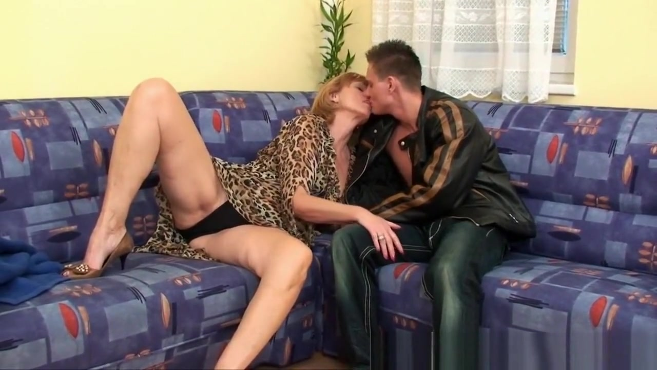 Nude pics Ftv lick pussy