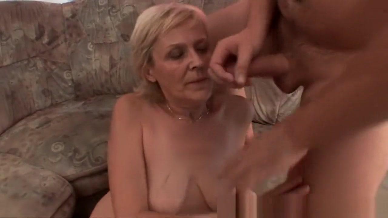 Sexy por pics Amateur women undressing