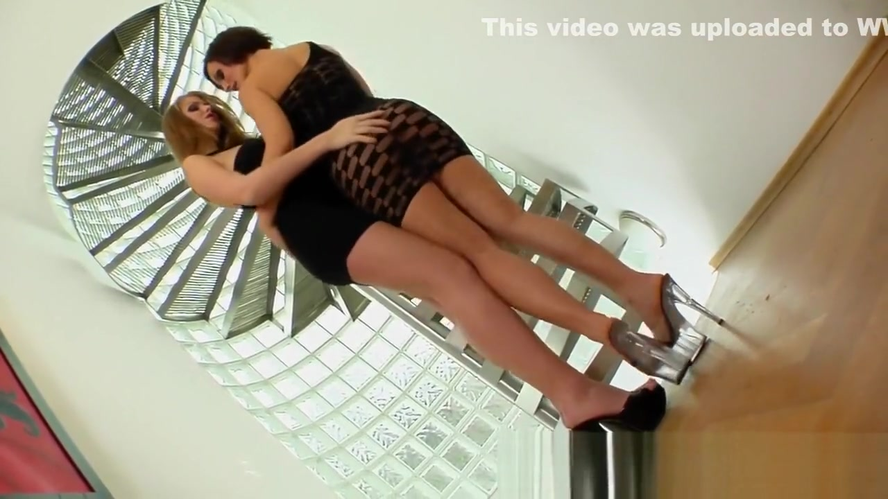 Hairy Lesbion sex