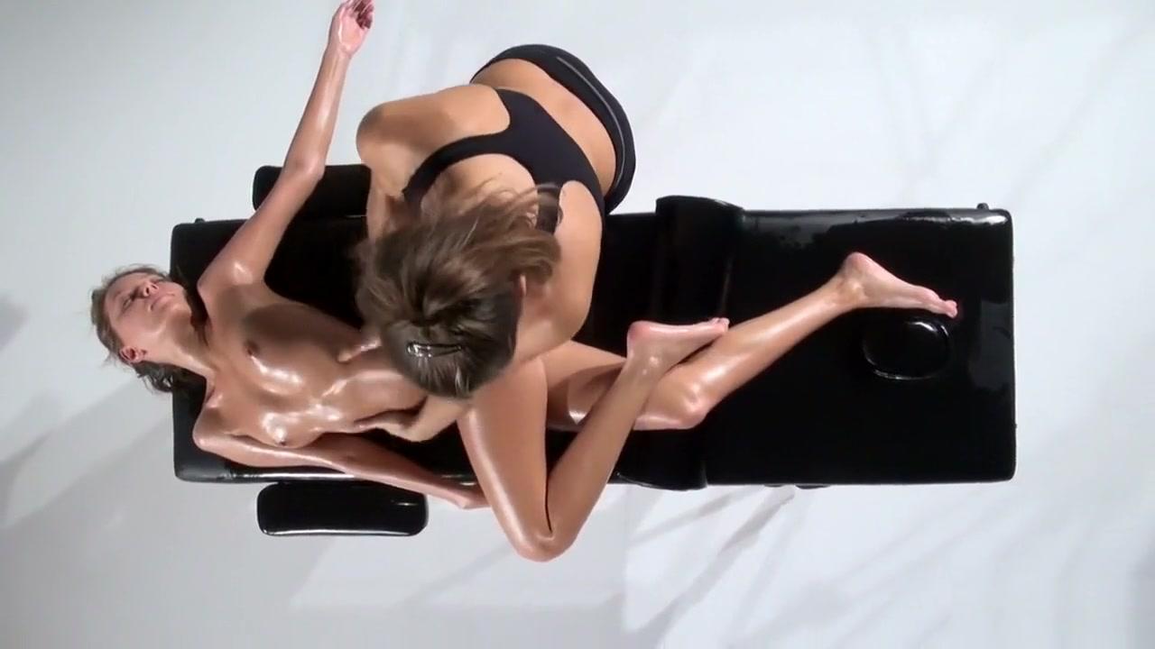 Lesbiana sex naked Domination