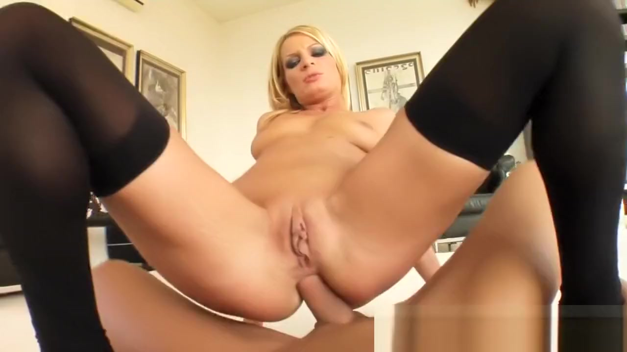 Porn FuckBook Wifes huge pussy