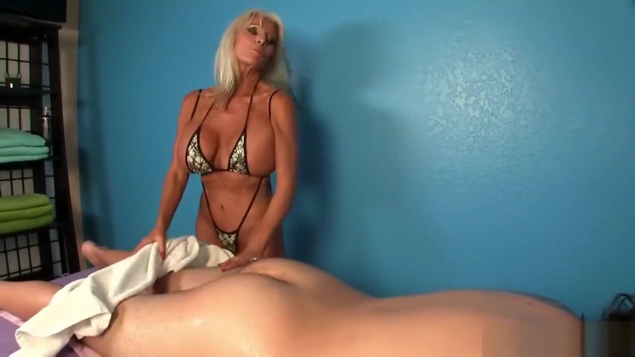 Naked 18+ Gallery Milf mastabation