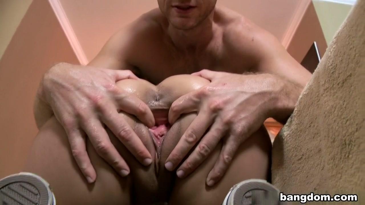 Lesbiian fuckin orgasam clip