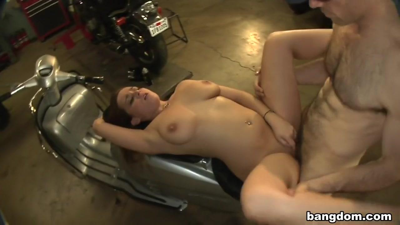 Themes girls full ericsson --free w580i naked for sony