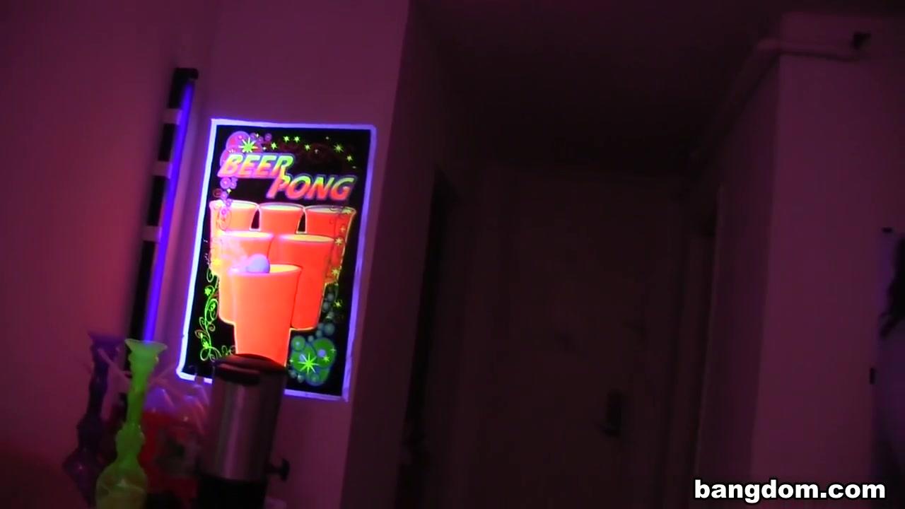 Ebony mcclendon Porn galleries