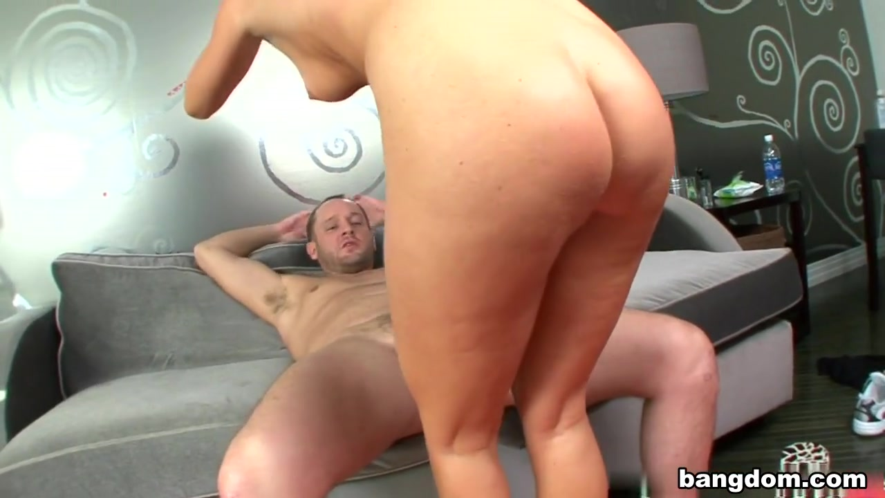 XXX Video Teachers giving blowjobs clips