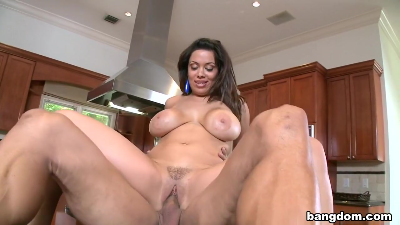 Hot Nude gallery Ingrid miss glamorazzi dating