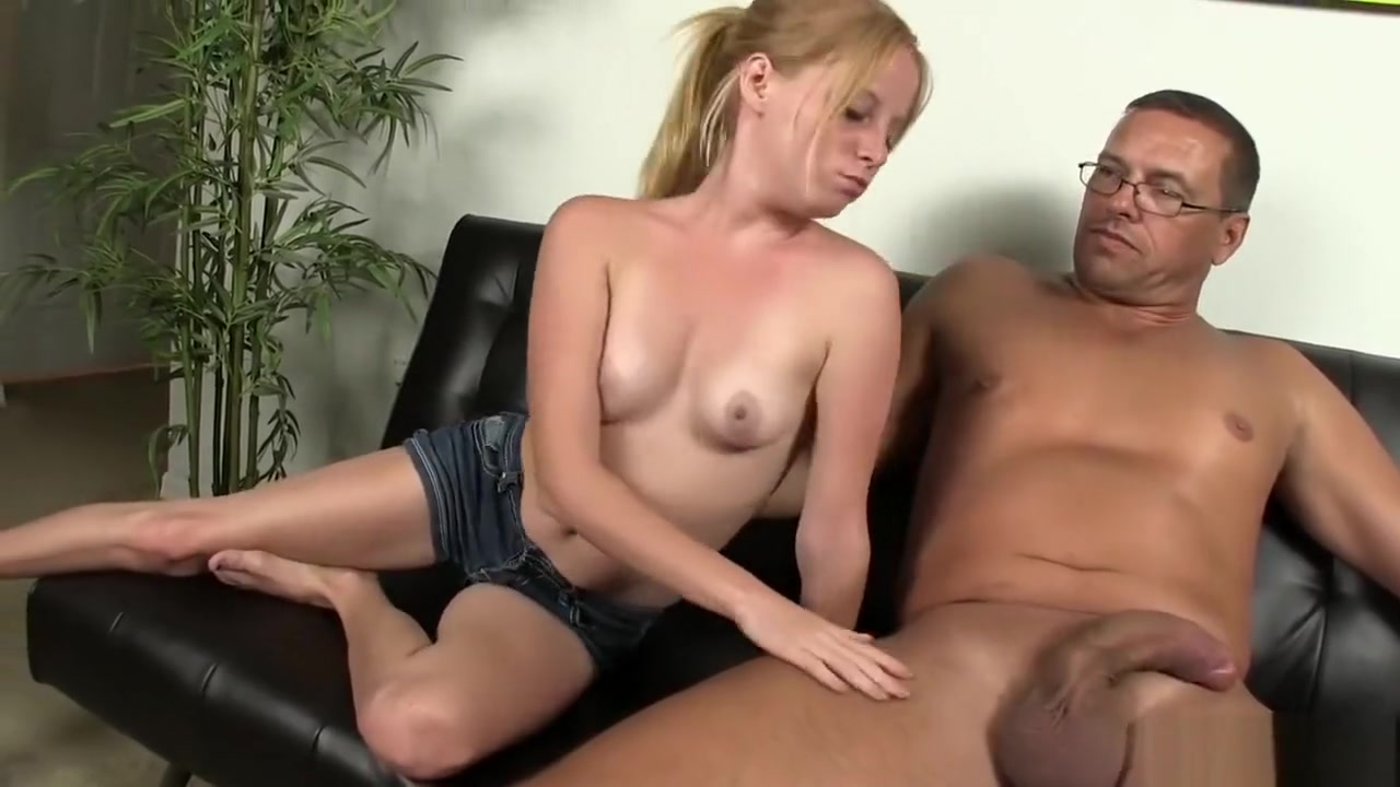 Hot porno Cuckolded by mature lady