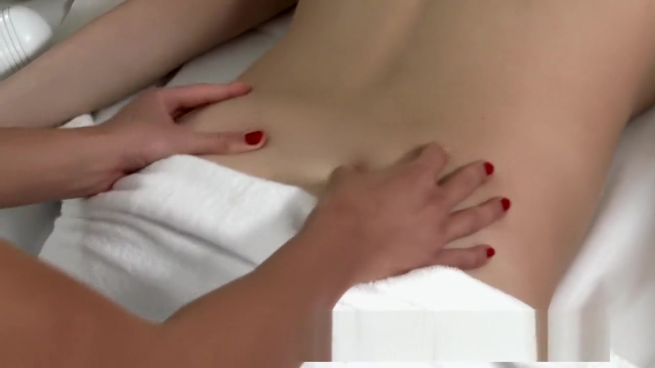Good Video 18+ Black girls wet shaved pussy