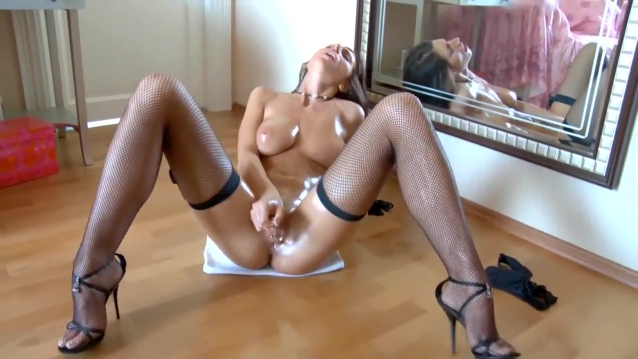 XXX Porn tube Who pays for the first date
