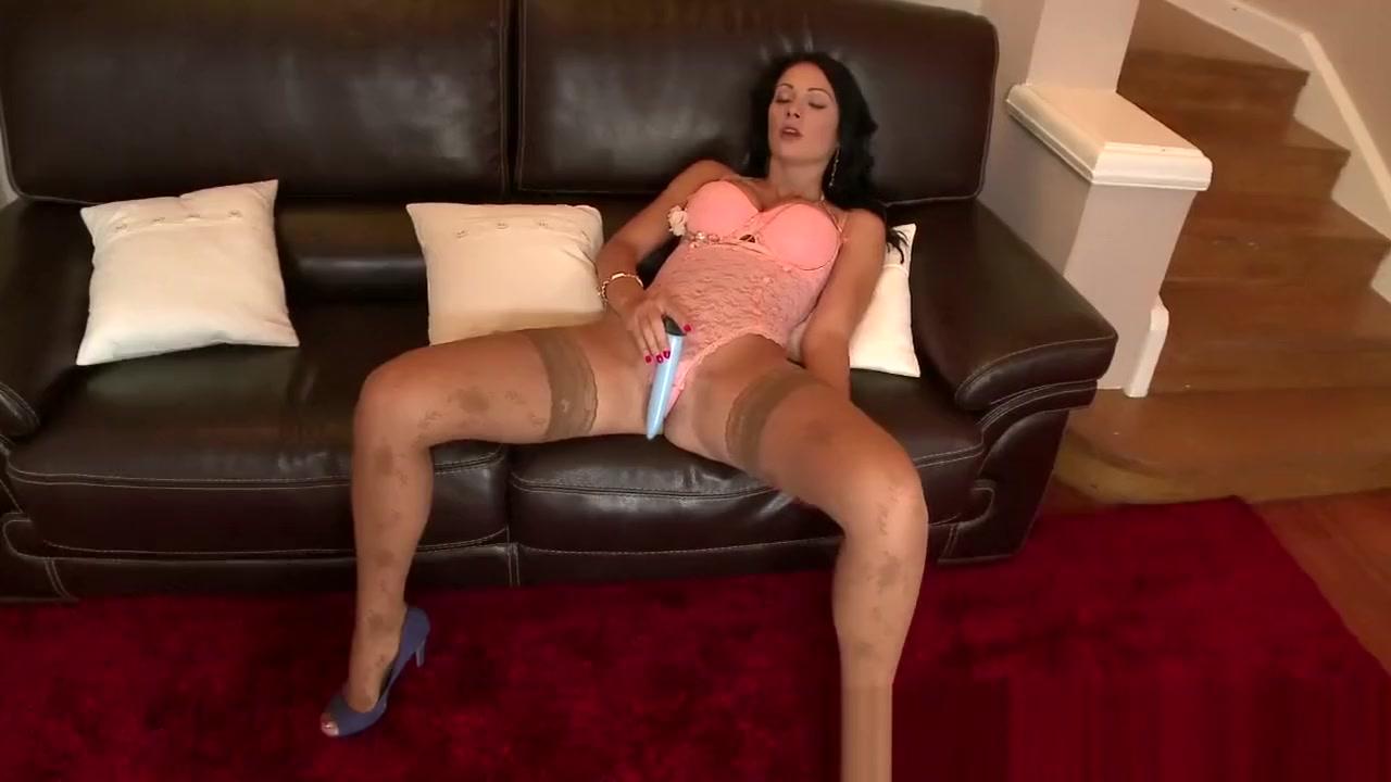 Hot Nude Harna in english