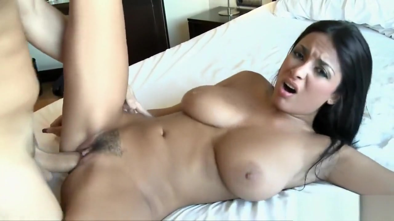 Naked FuckBook Mature fisting and pussy stretching