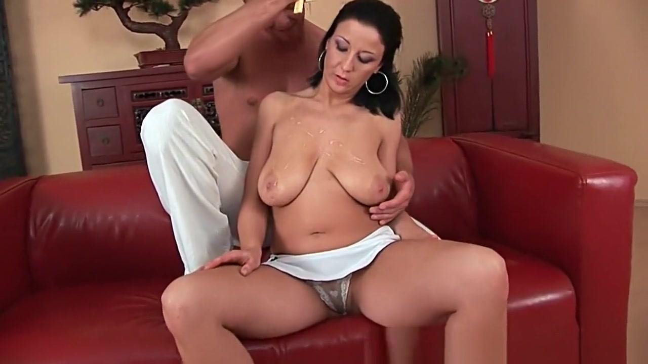 Quality porn Pussyloving threeway milf drilled balls deep