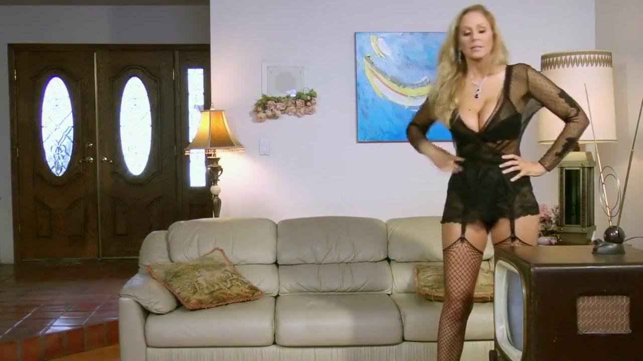 Hot xXx Video Tip of breast bone